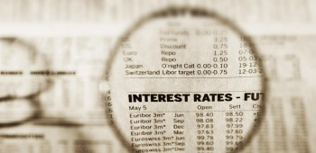 018 investing when interest rates are low_main image_Original